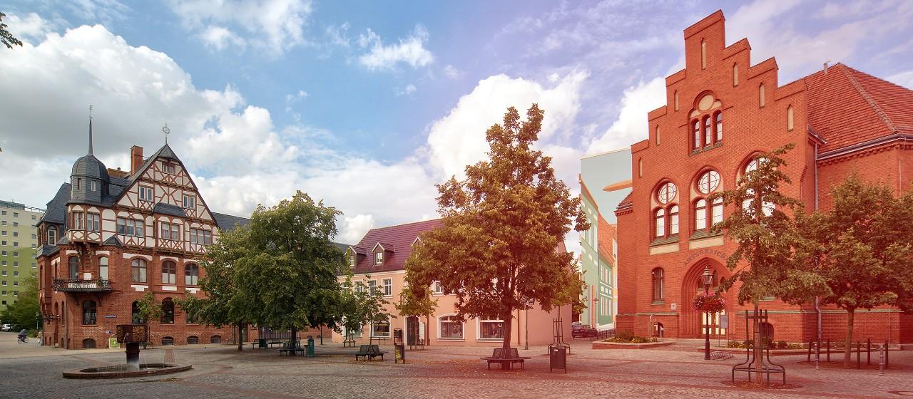 Alte Mühle und das Amtsgericht in der Schwedter Innenstadt